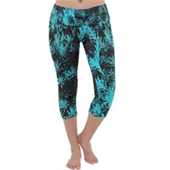Blue Etched Background Capri Yoga Leggings