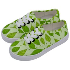 Autumn Pattern Kids  Classic Low Top Sneakers by Hansue