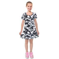 Camouflage 02 Kids  Short Sleeve Velvet Dress by quinncafe82