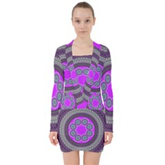Round Pattern Ethnic Design V Neck Bodycon Long Sleeve Dress