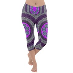 Round Pattern Ethnic Design Lightweight Velour Capri Yoga Leggings