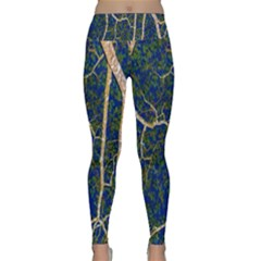 Green Leaves Blue Background Night Lightweight Velour Classic Yoga Leggings
