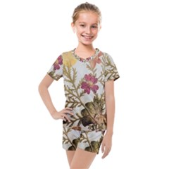 Holy Land Flowers 10 Kids  Mesh Tee And Shorts Set