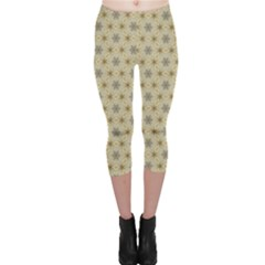 Star Basket Pattern Basket Pattern Capri Leggings