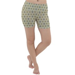 Star Basket Pattern Basket Pattern Lightweight Velour Yoga Shorts