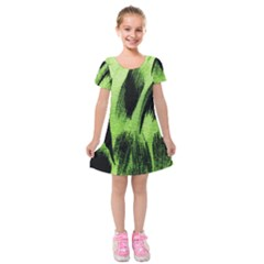 Green Tiger Background Fabric Animal Motifs Kids  Short Sleeve Velvet Dress by Jojostore