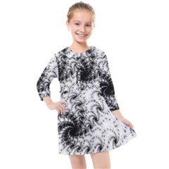 Fractal Black Spiral On White Kids  Quarter Sleeve Shirt Dress