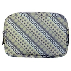 Abstract Seamless Pattern Make Up Pouch (small) by Jojostore