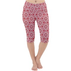 Floral Abstract Pattern Lightweight Velour Cropped Yoga Leggings
