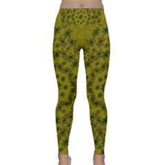 Flower Wreath In The Green Soft Yellow Nature Lightweight Velour Classic Yoga Leggings
