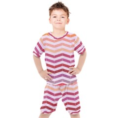 Abstract Vintage Lines Kid s Set