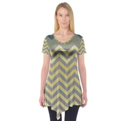 Abstract Vintage Lines Short Sleeve Tunic