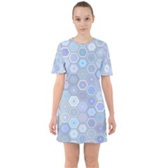 Bee Hive Background Sixties Short Sleeve Mini Dress