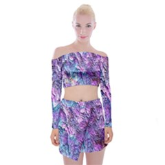 Background Peel Art Abstract Off Shoulder Top With Mini Skirt Set
