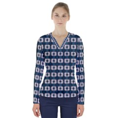 Contemplaid20 V Neck Long Sleeve Top