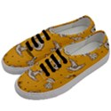 Funny Halloween Party Pattern Men s Classic Low Top Sneakers View2