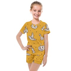Funny Halloween Party Pattern Kids  Mesh Tee And Shorts Set