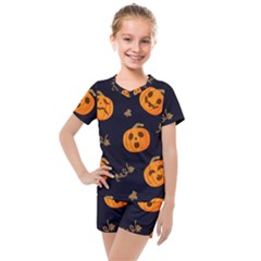Funny Scary Black Orange Halloween Pumpkins Pattern Kids  Mesh Tee And Shorts Set