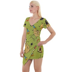 Funny Scary Spooky Halloween Party Design Short Sleeve Asymmetric Mini Dress