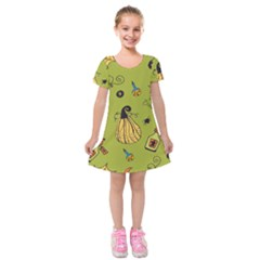 Funny Scary Spooky Halloween Party Design Kids  Short Sleeve Velvet Dress