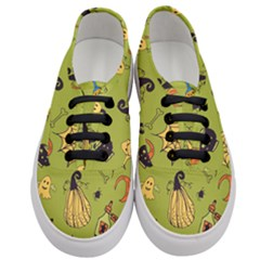 Funny Scary Spooky Halloween Party Design Women s Classic Low Top Sneakers