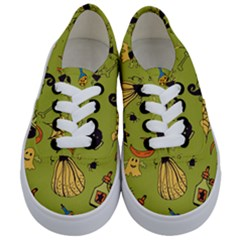 Funny Scary Spooky Halloween Party Design Kids  Classic Low Top Sneakers