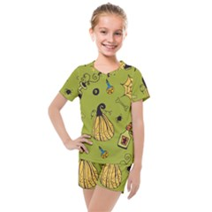Funny Scary Spooky Halloween Party Design Kids  Mesh Tee And Shorts Set