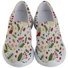 Floral Christmas Pattern  Kid s Lightweight Slip Ons by Valentinaart