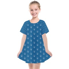 Quebec French Royal Fleur De Lys Elegant Pattern Blue Blue Quebec Fleur De Lys Pattern Blue Kids  Smock Dress by Quebec