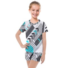Green Geometric Abstract Kids  Mesh Tee And Shorts Set