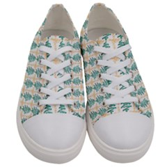 Christmas Tree Women s Low Top Canvas Sneakers