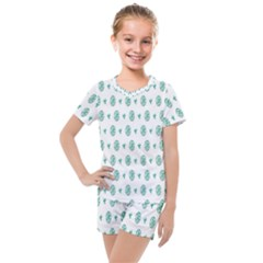 Pattern Background Kids  Mesh Tee And Shorts Set