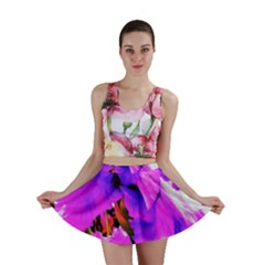 Abstract Ultra Violet Purple Iris On Red And Pink Mini Skirt