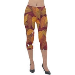 Leaves Pattern Lightweight Velour Capri Leggings