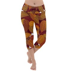 Leaves Pattern Lightweight Velour Capri Yoga Leggings