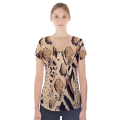 Animal Pattern Design Print Texture Short Sleeve Front Detail Top