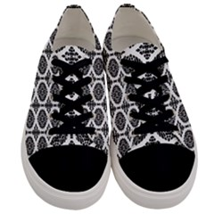 Canberra Ix Men s Low Top Canvas Sneakers