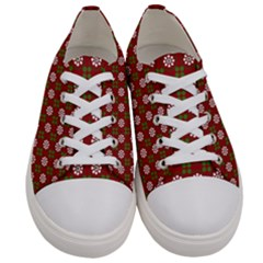 Christmas Paper Wrapping Pattern Women s Low Top Canvas Sneakers