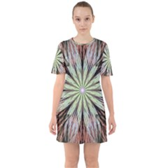 Fractal Floral Fantasy Flower Sixties Short Sleeve Mini Dress