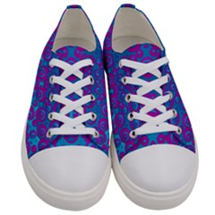 The Eyes Of Freedom In Polka Dot Women s Low Top Canvas Sneakers