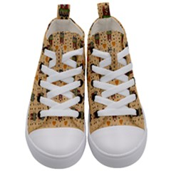 Sankta Lucia With Love And Candles In The Silent Night Kids  Mid Top Canvas Sneakers