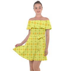Traditional Patterns Chrysanthemum Off Shoulder Velour Dress