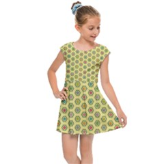 A Hexagonal Pattern Kids  Cap Sleeve Dress