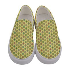 A Hexagonal Pattern Women s Canvas Slip Ons