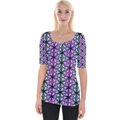 Geometric Patterns Triangle Seamless Wide Neckline Tee