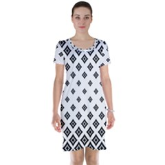 Concentric Halftone Wallpaper Short Sleeve Nightdress