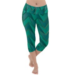 Geometric Background Lightweight Velour Capri Yoga Leggings