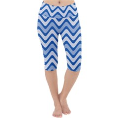 Waves Wavy Lines Pattern Lightweight Velour Cropped Yoga Leggings