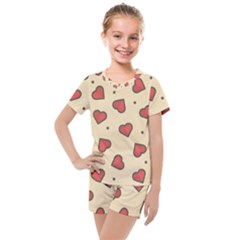 Love Heart Seamless Valentine Kids  Mesh Tee And Shorts Set by Alisyart