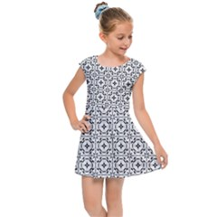 Decorative Ornamental Kids  Cap Sleeve Dress